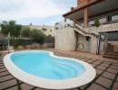 casa a cuatro vientos con jardíny  pisina