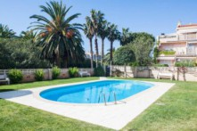 Apartamento 2 hab. con parking y piscina y en Vilafortuny