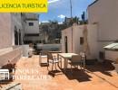 Bonita casa con mucho encanto en el centro de Sitges. Dispone de licencia turística