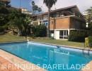 Bonita, amplia y cómoda torre independiente con piscina y varias terrazas en Sitges. Zona Vallpineda.