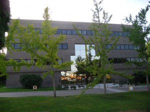 Edifici d'oficines de lloguer a Rubí, Can Rosés
