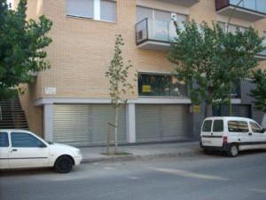 Local en venta o alquiler en Rubí, zona Mútua.