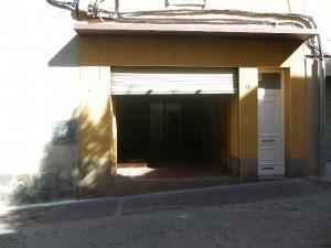 Local de lloguer al centre de Rubí, carrer Peatonal