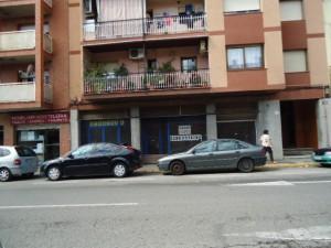 Local en venta y en Alquiler en Rubí, Av. Estatut
