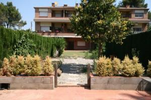 casa de 5 habitacions amb jardí