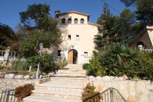 Magnífica casa-masia a Corbera de Llobregat