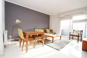 piso  de 3 habitaciones amueblado