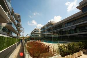 Piso con terraza en planta y zona comunitaria