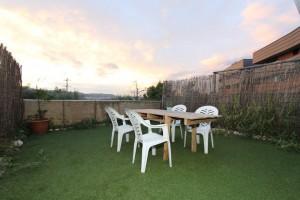 dúplex amb jardí i terrasses