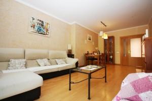 Pis de 4 habitacions amb zona comunitària