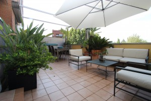 Piso con terrazas en planta