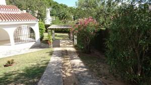 Chalet individual con jardin cerca playa