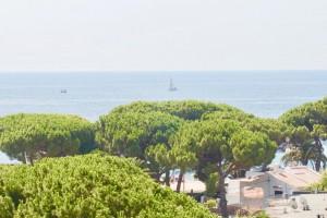 Precioso apartamento con vistas al mar!