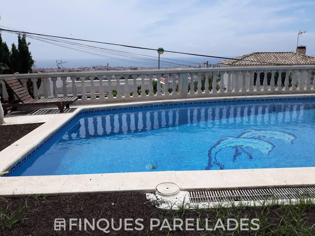 Preciosa casa con vistas inmejorables en Sitges. Zona Vallpineda