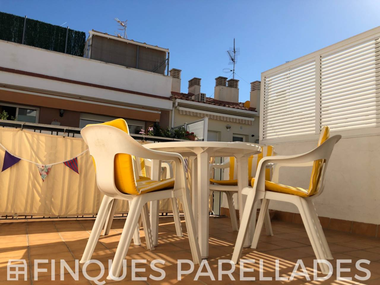 Penthouse for sale in one of the most beautiful streets of Sitges. San Sebsatian area - Downtown
