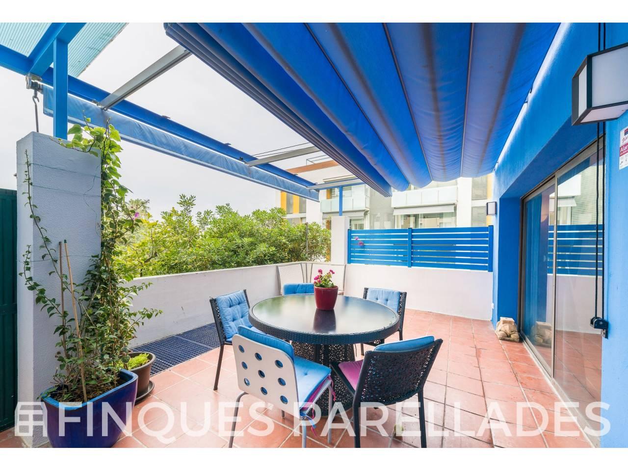 Bonita y especial vivienda al lado del mar en Sitges. Zona San Sebastián.