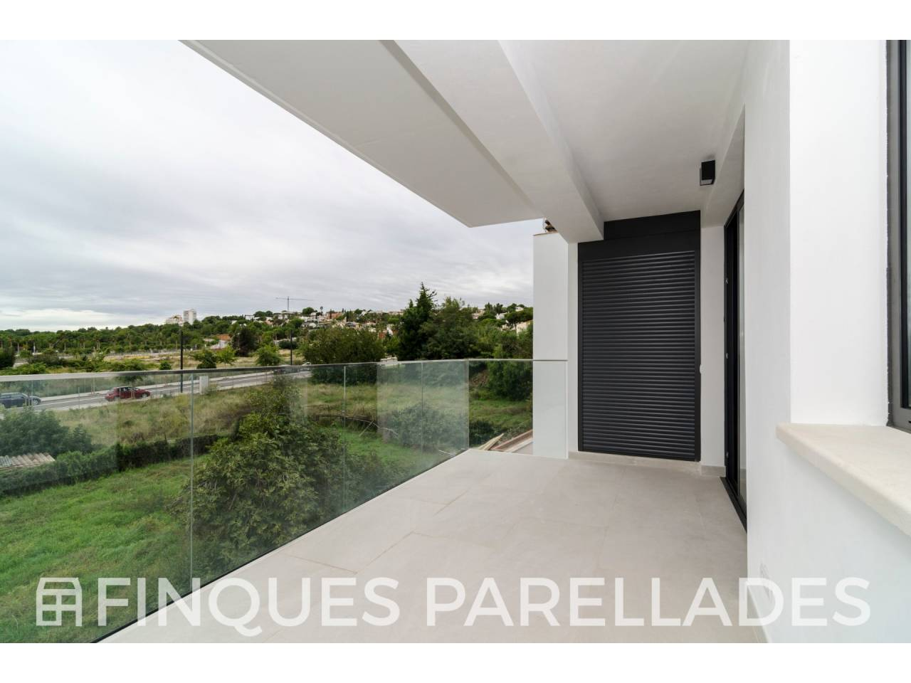 Beautiful and sunny brand new construction flat in La Plana - Madriguera.
